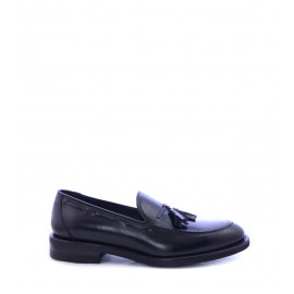 Loafers με Φουντάκια